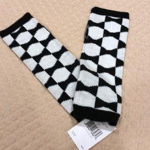 Kate Spade finger less gloves. Knit.